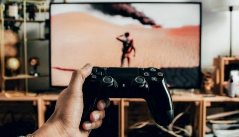 Raising the Awareness of Global Warming Through Video Games